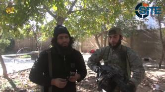 IS Fighters in Kobani Congratulate Recent Pledges to Group in Video