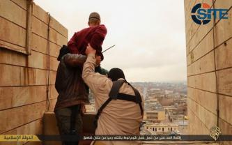 IS Photo Report Shows Crucifixions, Execution of Homosexual, Stoning Death of Adulteress