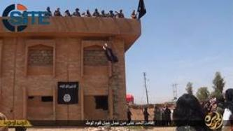 IS Publishes Photo Report on Throwing Man from Building for Homosexuality in Baaj