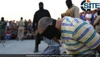 Public Beheading of Alleged Thieves Shown in IS Photo Report