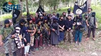 Fighters in Philippines Pledge Allegiance in Video to IS Leader