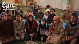 'Amaq Reports 1700 Students in IS-Managed Qur'an Memorization Schools in Deir al-Zour