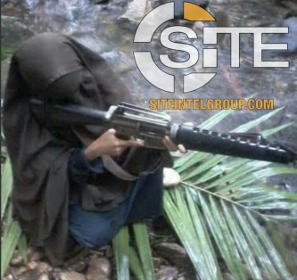 IS Channel Distributes Photos of Female Fighters, Calls for Recruitment