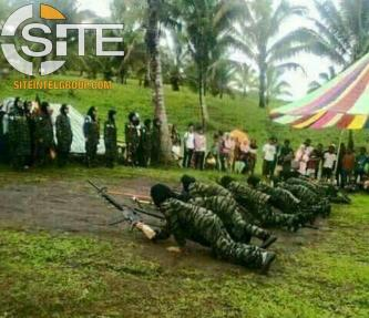 Images of Female Fighters Training for MILF Shared on Indonesian Channels