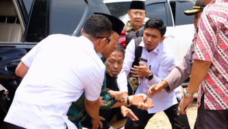 Following Banten Attack, Indonesian IS Supporters Celebrate Targeting High-Ranking Government Officials