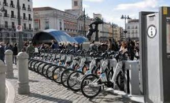 Far-Left Extremists Claim Sabotage on BiciMAD Bike System in Madrid, Spain