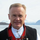 White Supremacists Respond to Comments by Norwegian Major General